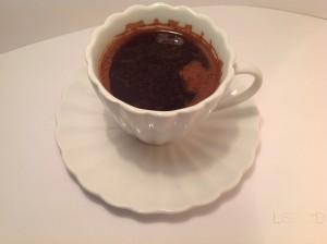Da li brže stigne slatka ili gorka kafa?